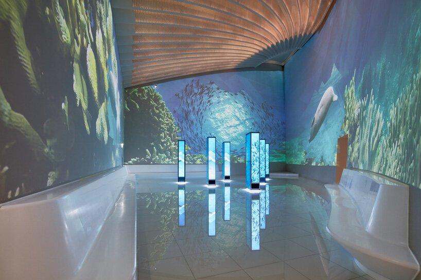 Una de las galerías del pabellón de EAU / palladium photodesign / oliver schuh + barbara burg