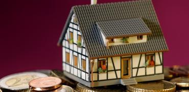 El euríbor renueva mínimos históricos en octubre y abarata más las hipotecas en pleno rebrote del covid