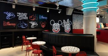 Primark abre su mayor tienda del mundo en Birmingham con peluquería y una cafetería Disney
