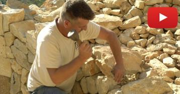 Lluc Mir: el artesano de los muros de piedra en seco, una técnica tradicional mallorquina