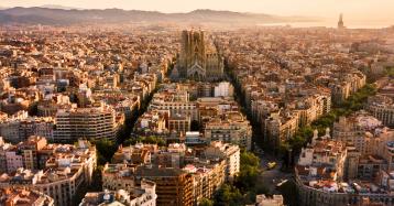 """El decreto-ley de vivienda en Cataluña desata la guerra: los expertos hablan de """"drama"""""""