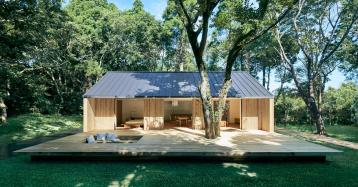 Una casa prefabricada de madera al más puro estilo minimalista de Muji