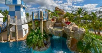 Un casoplón con parque acuático privado para pasar la cuarentena