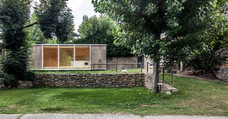 Esta casa prefabricada sirve de refugio para el fin de semana por 36.000 euros