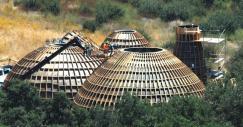 Este curioso proyecto de casas prefabricadas se inspira en el planeta Tatooine de 'Star Wars'