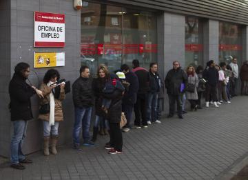 El paro sube levemente en junio y más de un millón de trabajadores salen de la situación de ERTE