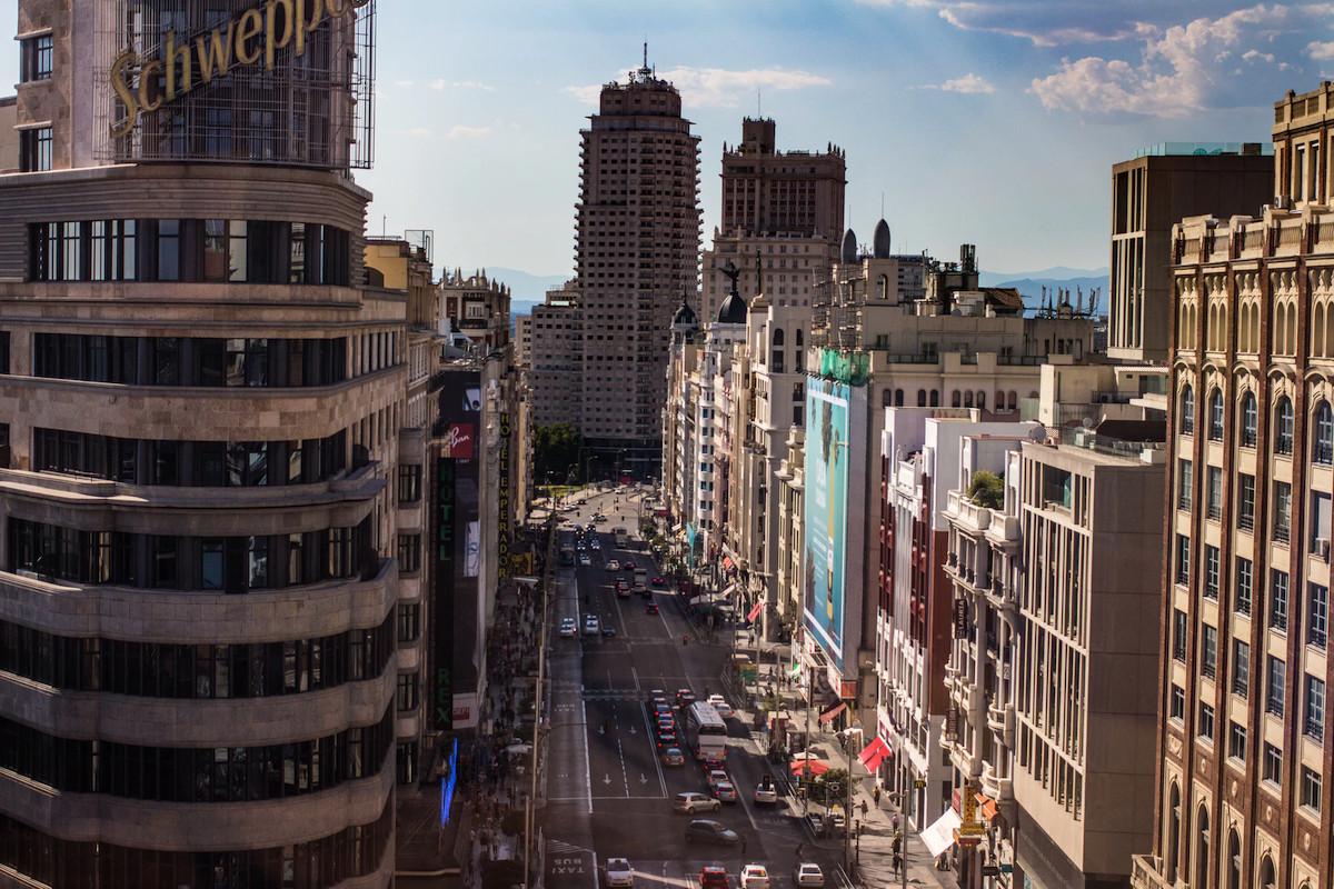 Los gigantes del 'retail' inician su desescalada: Inditex