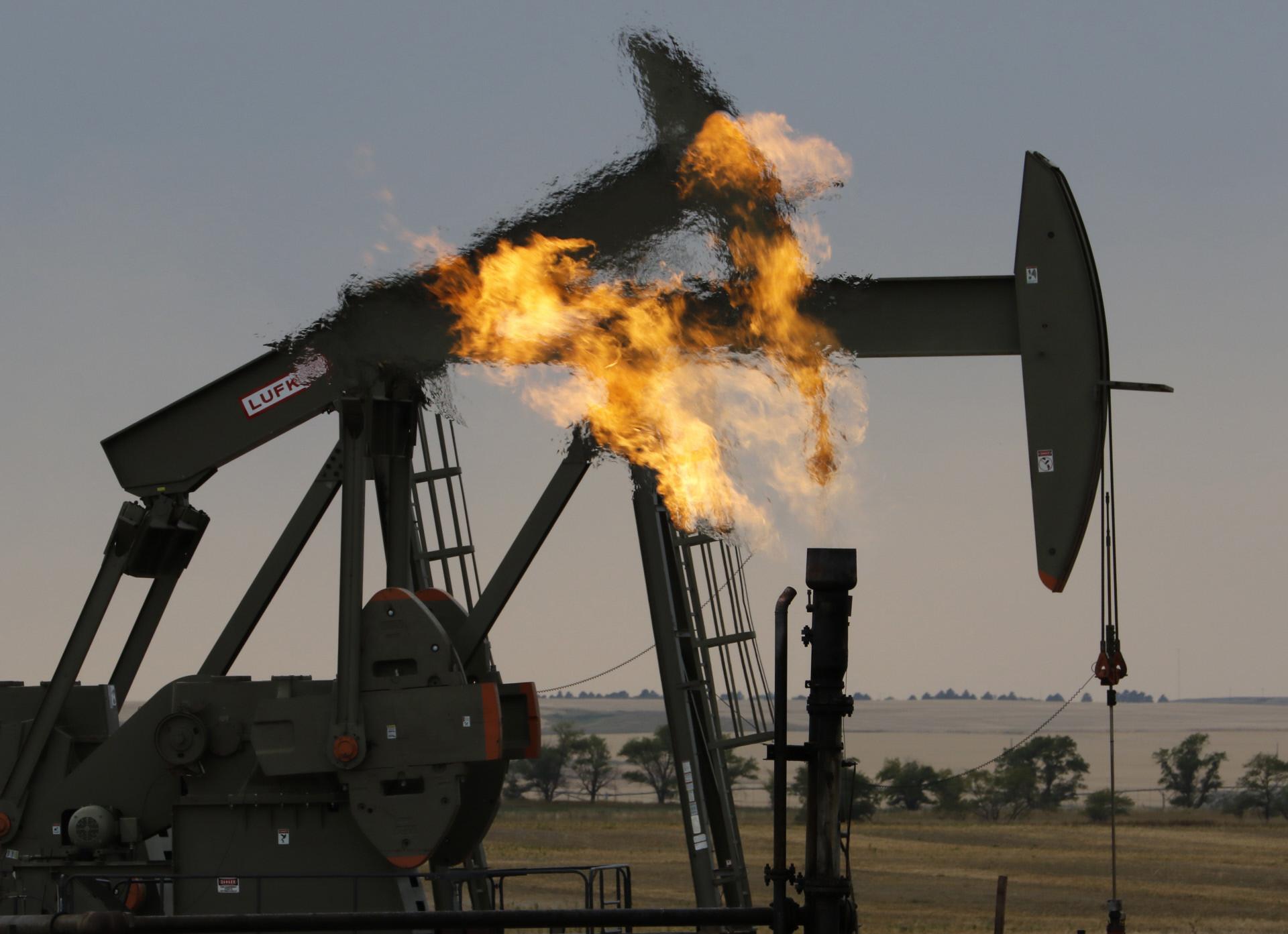 El mercado avisa: el petróleo seguirá sufriendo altibajos y podría volver a  precios negativos — idealista/news