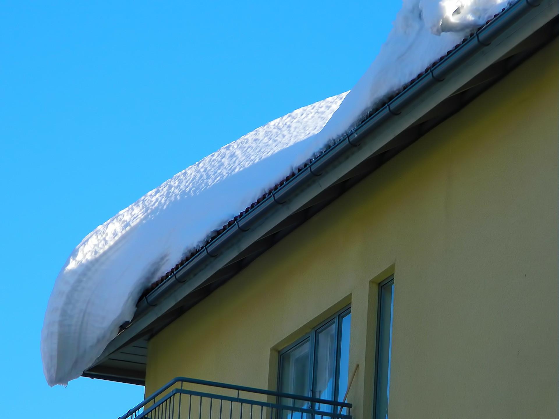 Snow-228884_1920