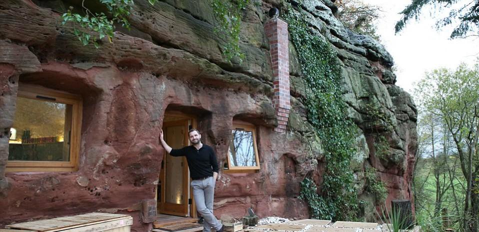 El propietario de la vivienda cueva