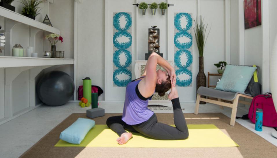 Guía práctica para diseñar una zona de yoga y meditación en casa ... 485d68e8083e
