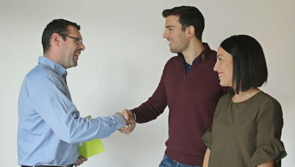 Cláusulas a tener en cuenta cuando firmas un contrato de alquiler (como propietario o inquilino)