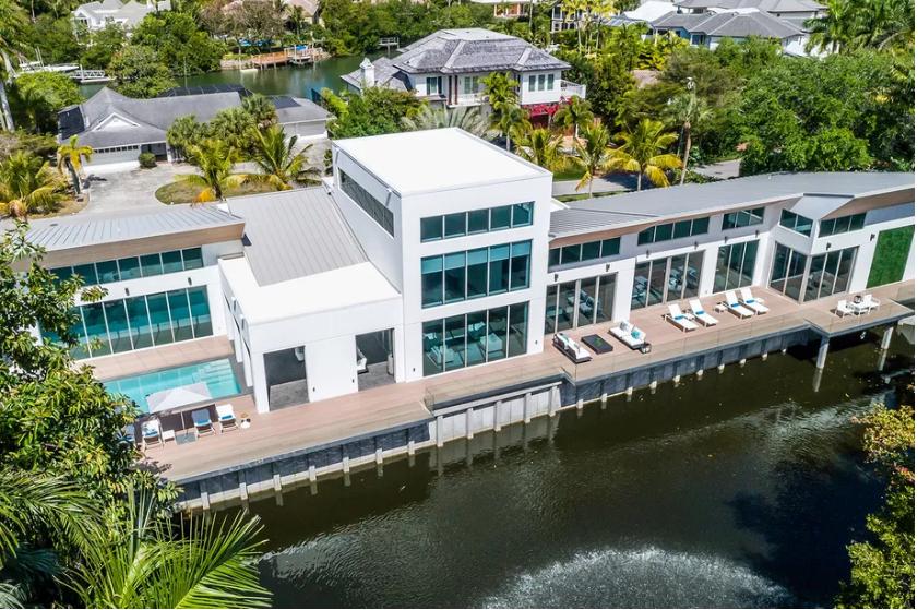 Una casa flotante de lujo por 8,4 millones — idealista/news