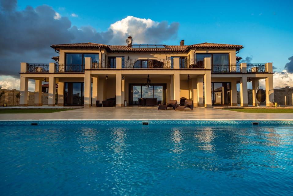 Una lujosa mansión en el Mar Negro