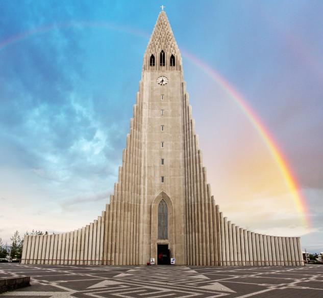 1- Hallgrímskirkja en Reykjavík, Islandia, de Guðjón Samúelsson. TTstudio