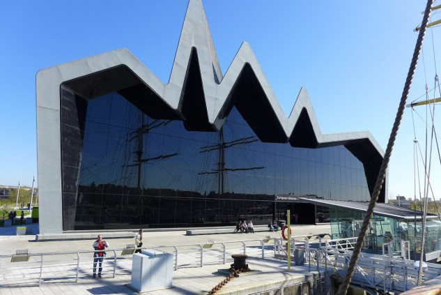6 - Riverside Museum de Glasgow, Escocia, de Zaha Hadid. Lilshepherd