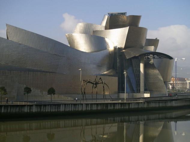 65 - Museo Guggenheim de Bilbao, España, de Frank Gehry. Business Insider.