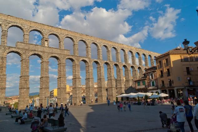 91 - Acueducto de Segovia, España. Ernesto Laura