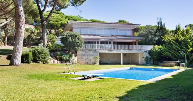 Avda. Rocaferrera (Sant Andreu de Llavaneres, Barcelona): 4.404.000 euros