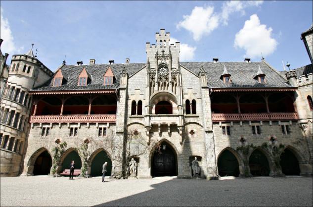 El noble ha vendido este precioso castillo neogótico por un euro al Estado / Gtres