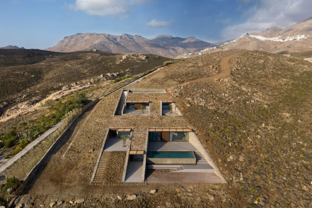 Yiorgis Yerolymbos/Mold Architects