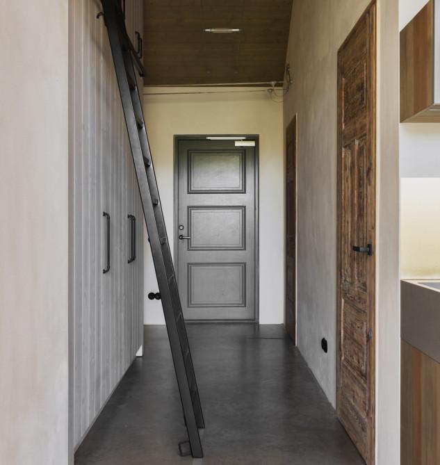 Gris, blanco y madera, las claves de la casa