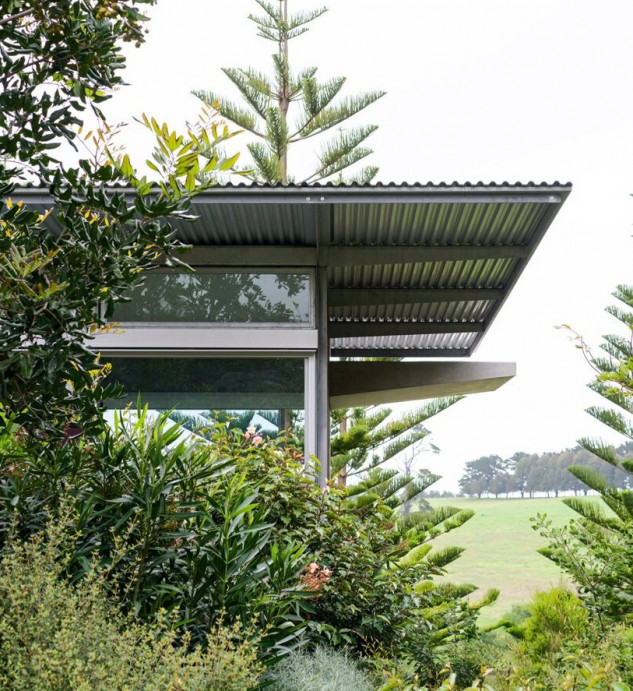 Un espectacular jardín rodea la casa