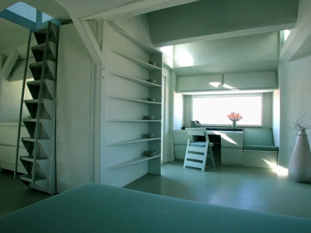 Escalones y estanterías, claves en el diseño