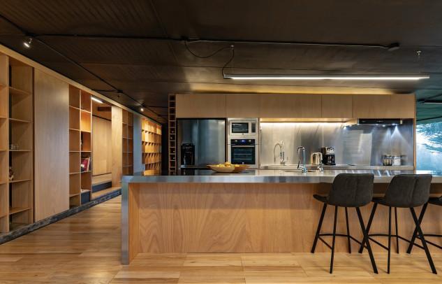 Cocina de la vivienda / RAMA Studio