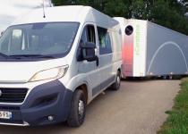 Imagen 2 - Una casa del siglo XXI: la primera caravana que rota 360º para conseguir energía solar