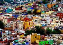 Imagen 1 - De Burano a Valparaíso: la vuelta al mundo por los lugares con las casas más coloridas