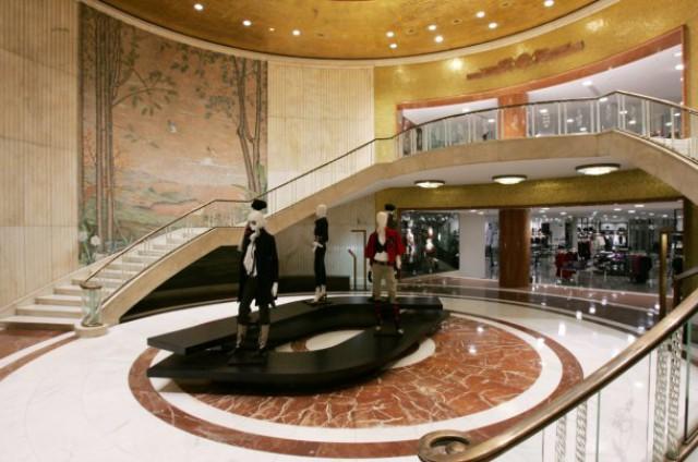 9466a6b59 Inditex compra su tienda de zara en milán por 103 millones (fotos ...