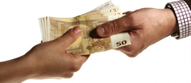 el iva superreducido lo pagará en algunos casos la banca y en otros los particulares