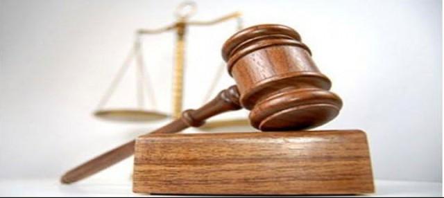 los jueces se las ingenian para evitar a los indignados