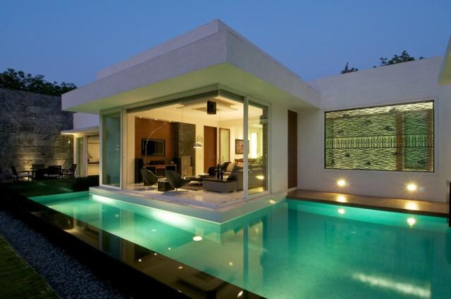 bungal minimalista con jacuzzi india with terrazas con jacuzzi