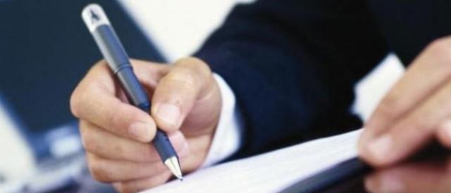 las comisiones cobradas por algunos notarios ha sido superior a lo permitido