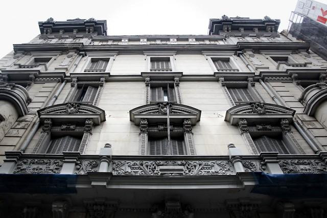 fachada principal del palacio situado en el nº 19 de la castellana