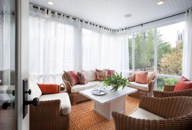 asimismo si el mobiliario es en tonos oscuros opta por cortinas en colores claros para dar ms luminosidad al espacio