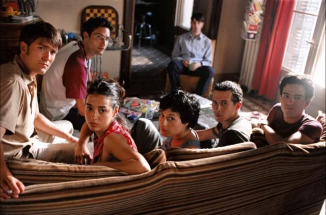 fotograma de la película 'una casa de locos'
