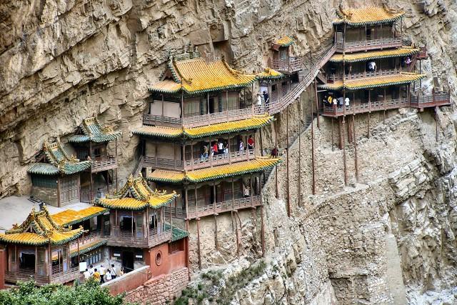 el_templo_colgante_de_hengshan_china_00.jpg