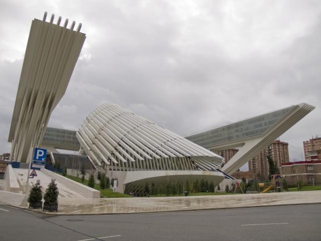 Palacio de Congresos de Oviedo diseñado por Calatrava