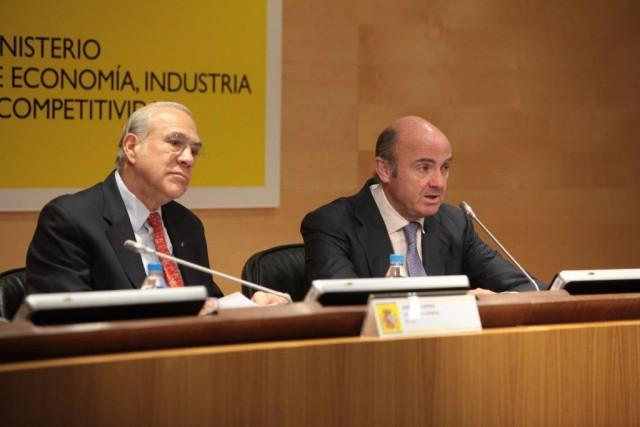 Ángel Gurría, secretario general de la OCDE, y Luis de Guindos, ministro de Economía