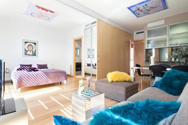 Apartamento con terraza y piscina en Barcelona
