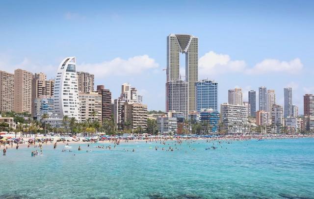 Imagen  - El skyline de Benidorm se redibujará con las viviendas de lujo de Delfín Tower
