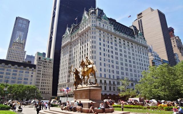 buscan comprador para el emblemtico plaza hotel de nueva york