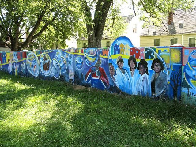 Muro de Birwood Av. en Detroit / Wikimedia commons