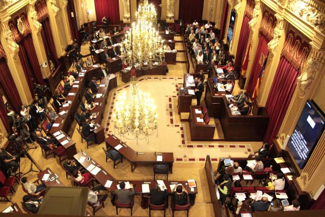 Pleno del Parlamento balear / Govern Illes Balears