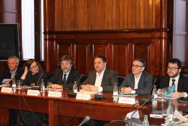 Oriol Junqueras junto a los portavoces de los grupos parlamentarios / Parlament de Catalunya