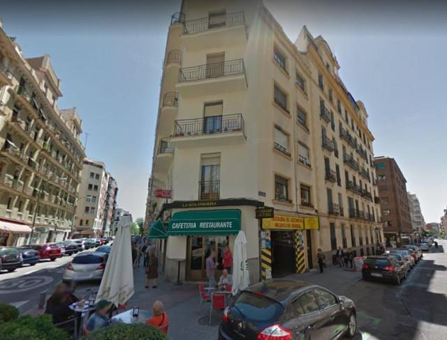 El edificio de la calle Santísima Trinidad es un bloque con cuatro viviendas / Google Maps