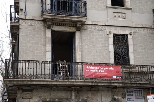 La primera promoción de covivienda consta de cinco viviendas y espacios comunitarios / Ajuntament de Barcelona